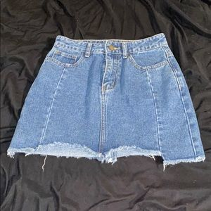 3/$20!Forever21 distressed jean skirt S
